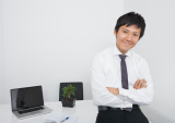 Asian_businessman_happy.png